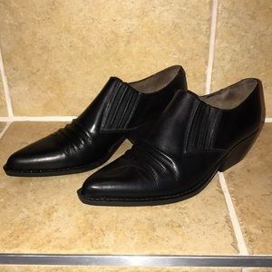 Guess black cowboy booties size 7